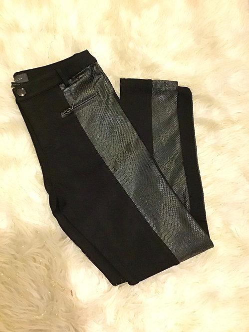 Gracia Reptile Pants P30220