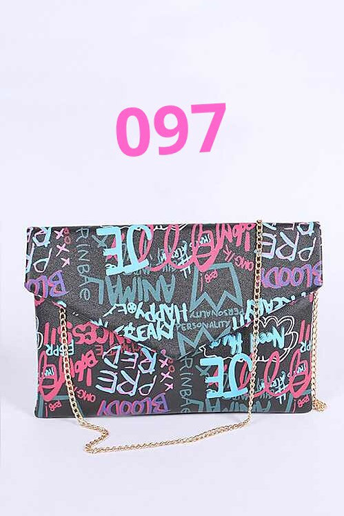 Graffitis clutch