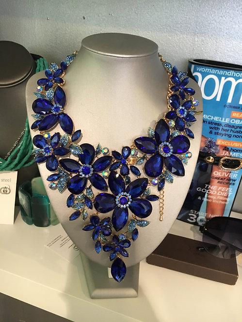 Blue flower rhinestone set