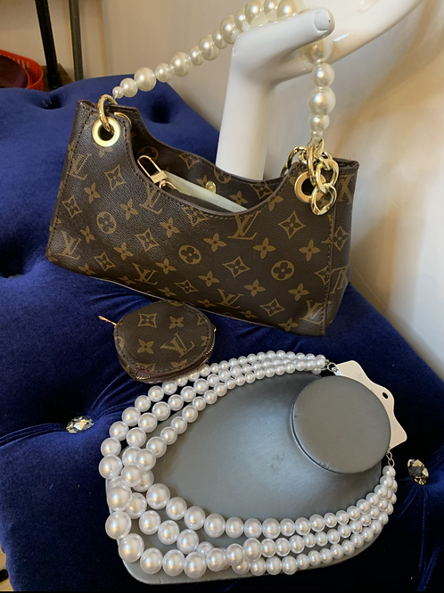 New inspired lv Pearl handle 2pc
