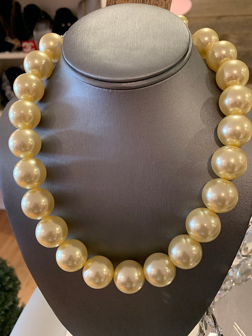 Yellow Pearl nevklace set