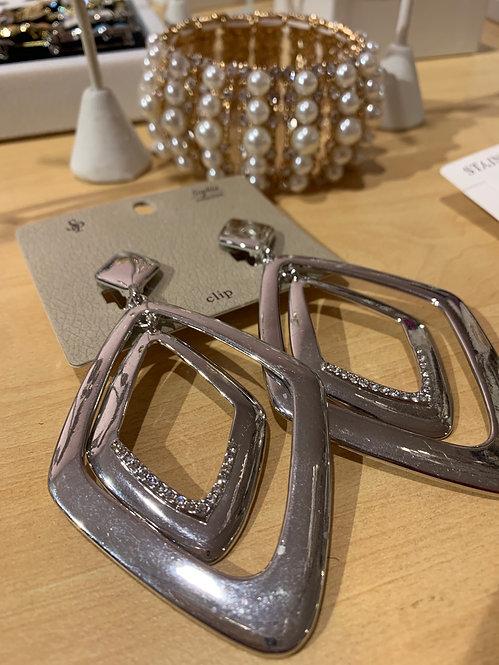 Clip earrings ecqm070R