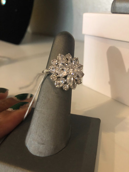 Flower cz ring  size 7 only