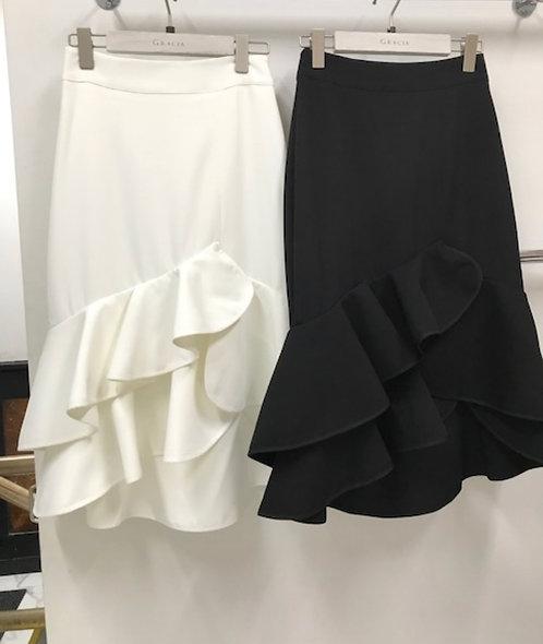 Gracia White ruffle skirt