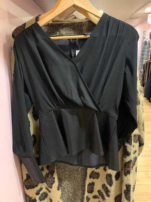 Gracia leather Peplum Shirt small t24850  only