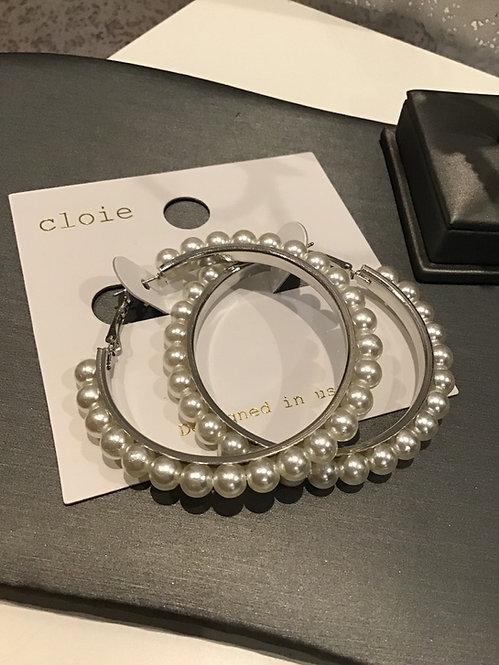 Medium  pearl hoop earrings