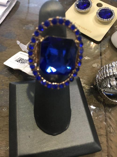 Blue rhinestone stretch ring