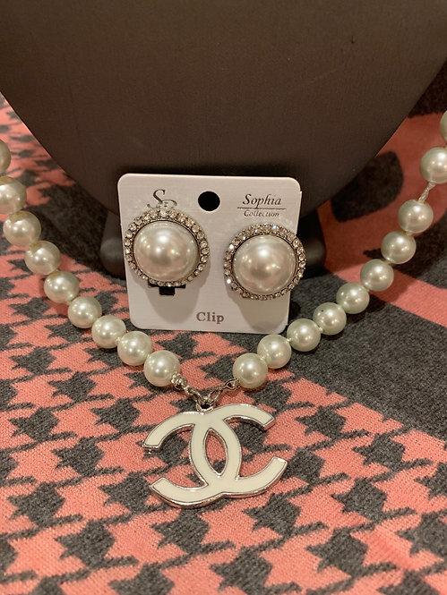 Pearl cz trim clip earringd