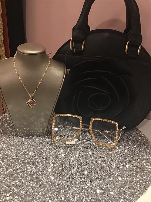 Gold matrix pendant necklace