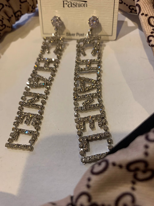 Cc chain earrings