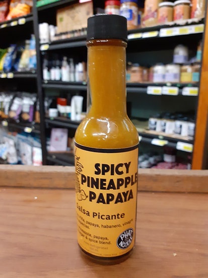 Salsa spicy pineapple papaya hot sauce