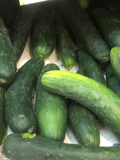 Organic Cucumbers (1kg)