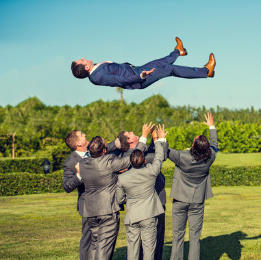 fun-groomsmen-wedding-photos-south-fl.jp