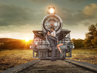 creative-train-engagement-photos-miami.j