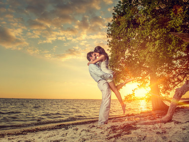 sunset-engagement-photos-miami-fl.jpg