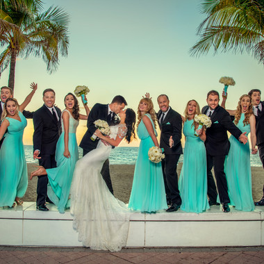 fun-bridal-party-pose-ideas-ritz-carlton