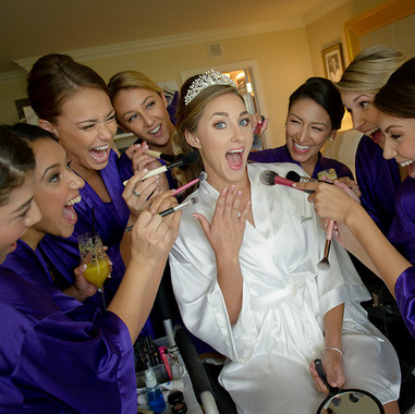 classic-wedding-photos-with-bridesmaids-