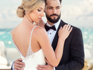classic-wedding-photos-bride-and-groom-8