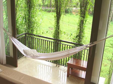 Как сделать балкон красивым и функциональным местом для отдыха и релаксации