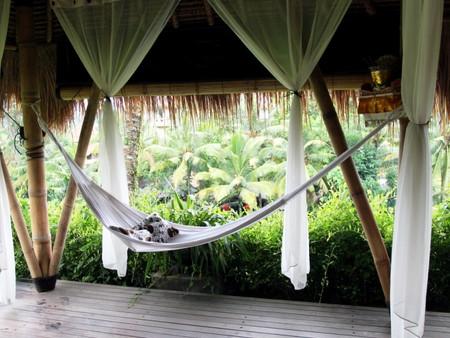 Luxury hammocks now in Singapore
