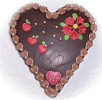 Cremtorte Herzform Schokolade.jpg