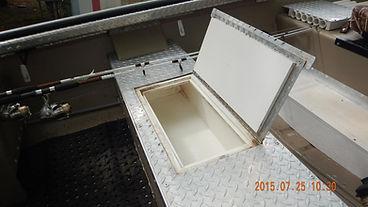 Livewell in Aluminum Diamond Plate Jon Boat