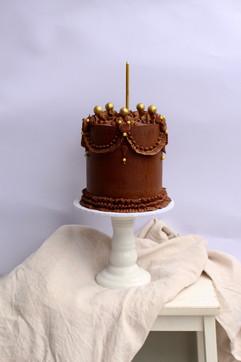 Chocolate ganache lambeth cake