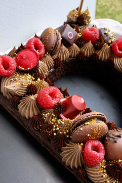 Chocolate Letter Cake Details