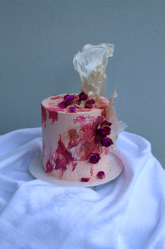 Buttercream Cake with dried roses