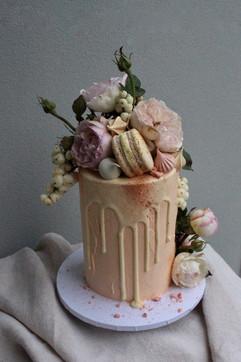 Romantic Floral Cake
