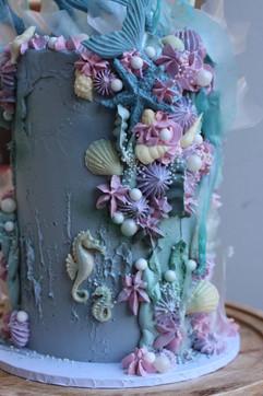 Mermaid cake details