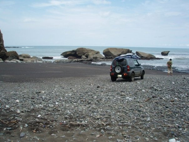 The jeep that got us to Cambutal!