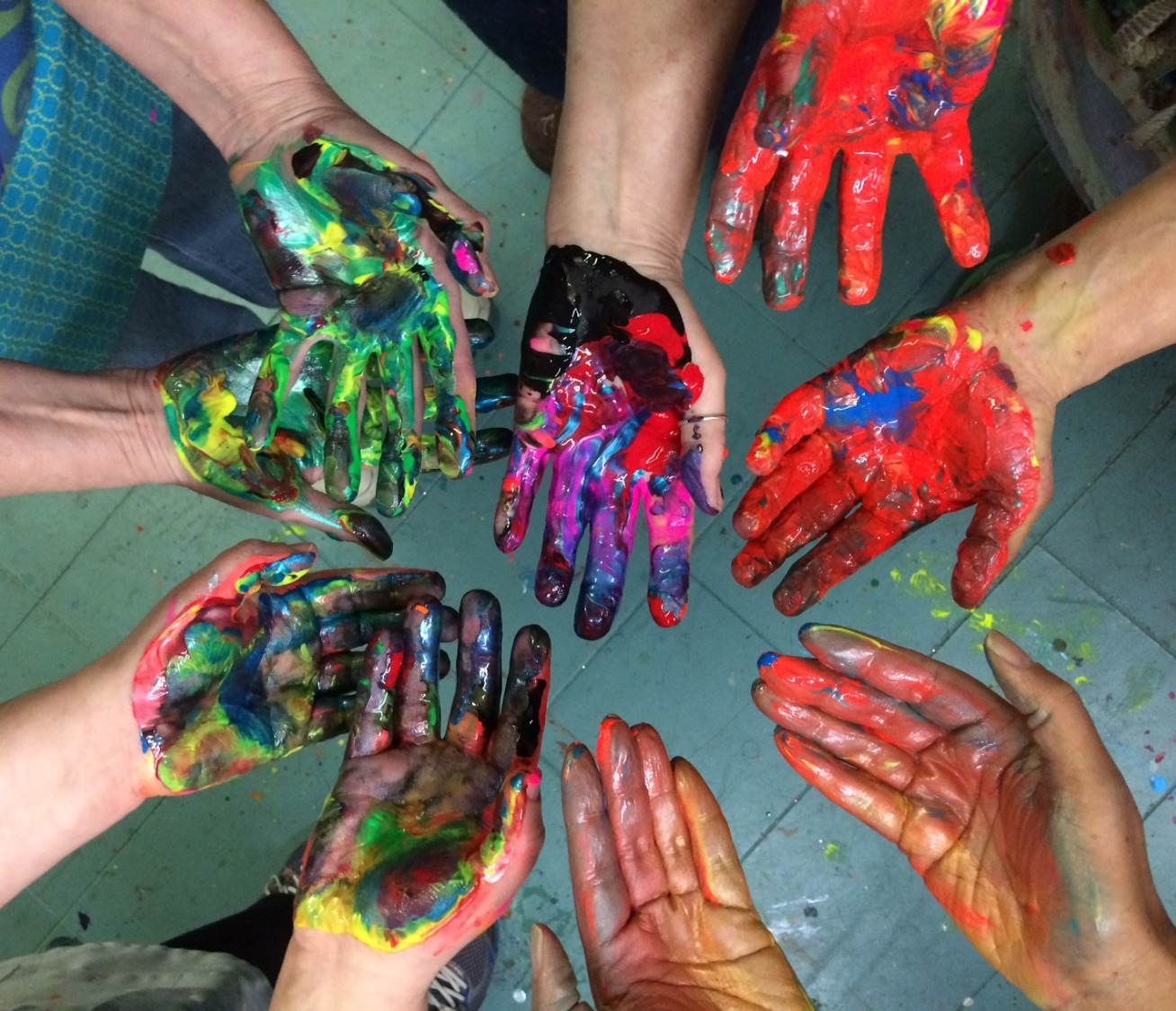 Hands on Paint! Only at Nadine's.