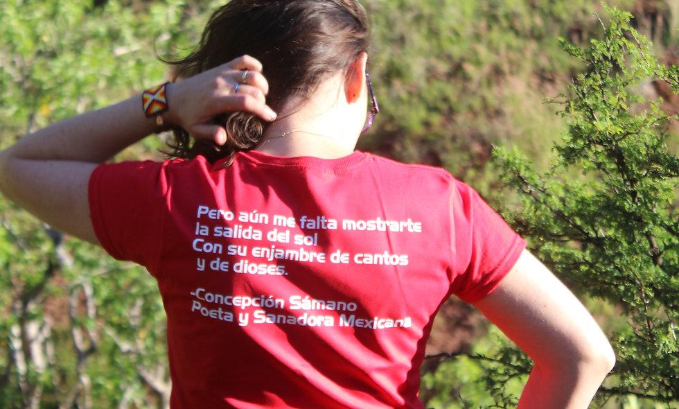 """T-Shirt Creativa Modelo """"Flor de la Montaña"""""""