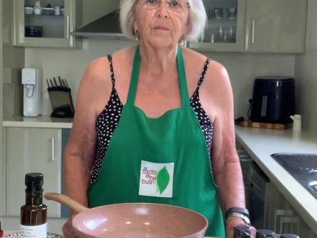 Bush Tomato Garlic Chilli Prawns