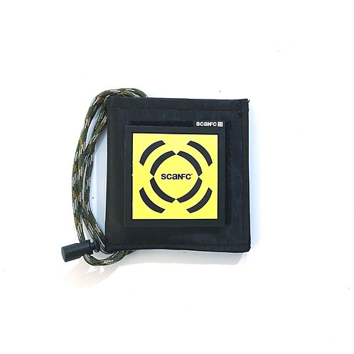 Pouch with #socialsharing Patech (Signal)