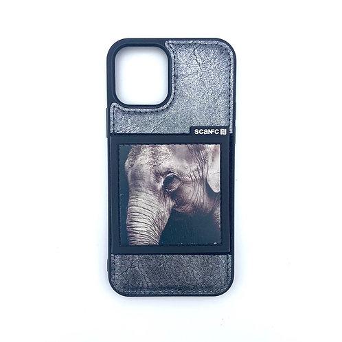 iPhone 12/ 12 Pro case w magic patch (Safari)