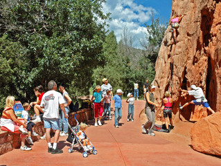 Rock Climbing Questions from Tourists at the Garden of the Gods