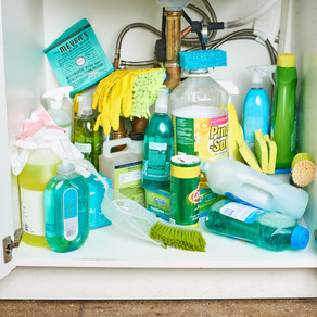 How to Safely Store Cleaning Supplies