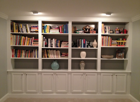 How To Declutter Your Bookshelf Like A True Professional
