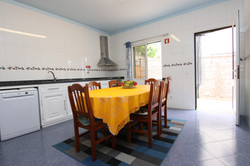 Villa: fully equipped kitchen