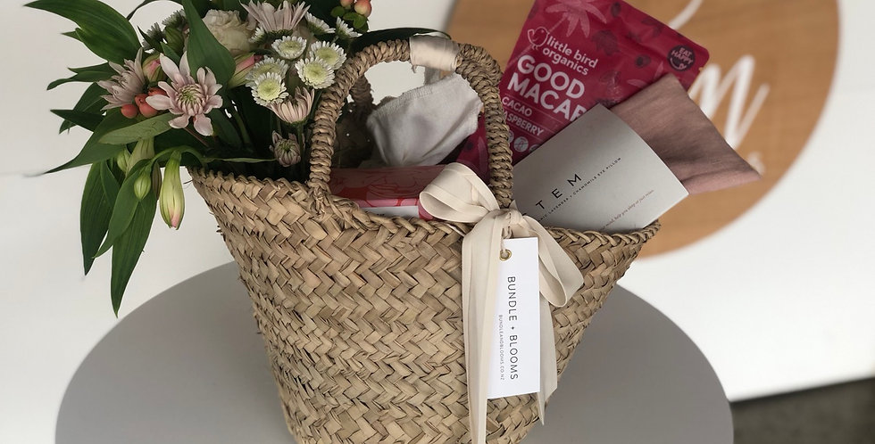Small Mothers Day Basket