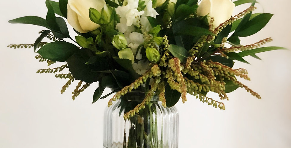 Blooms + Vase | White and Green