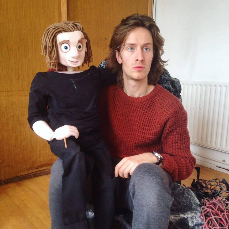 Puppet Gawain & human Gawain