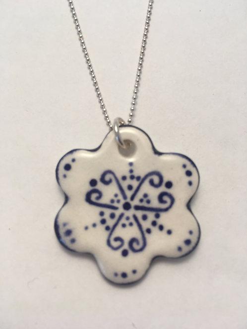 Pattern Flower Necklace