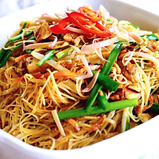 475 THAI STYLE FRIED NOODLE