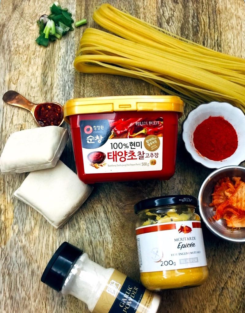 Gochujang, Jjolmyun Noodles, KImchi
