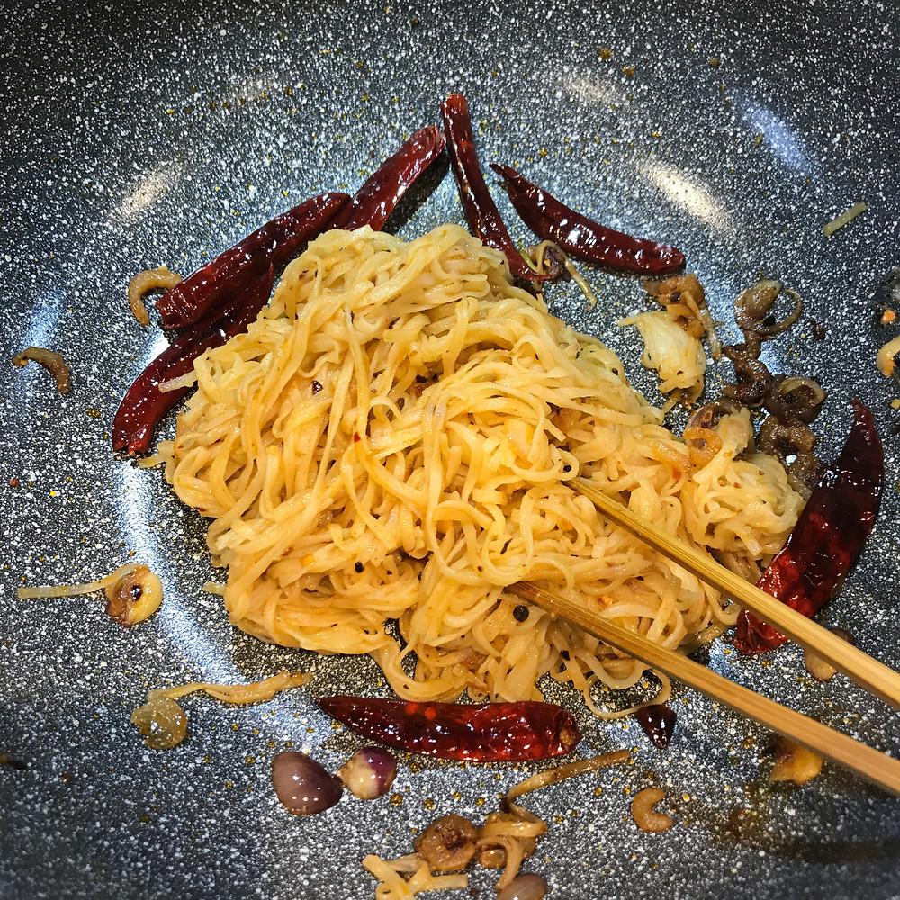 Triple Chilli Prawn Noodles