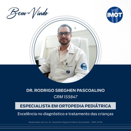Dr. Rodrigo ingressa à equipe de Ortopedia Pediátrica do Imot