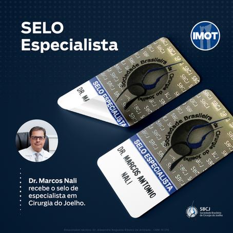 Dr. Marcos Nali recebe o selo de especialista em Cirurgia do Joelho